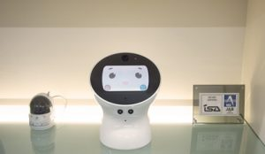 卓上受付ロボット